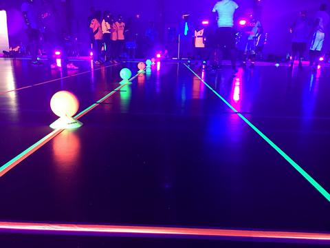 Tarif Dodgeball fluo by Move On Up Night&Fluo